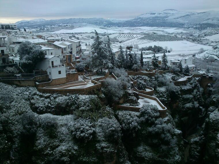 Resultado de imagen de imagenes de la serrania de ronda con nieve