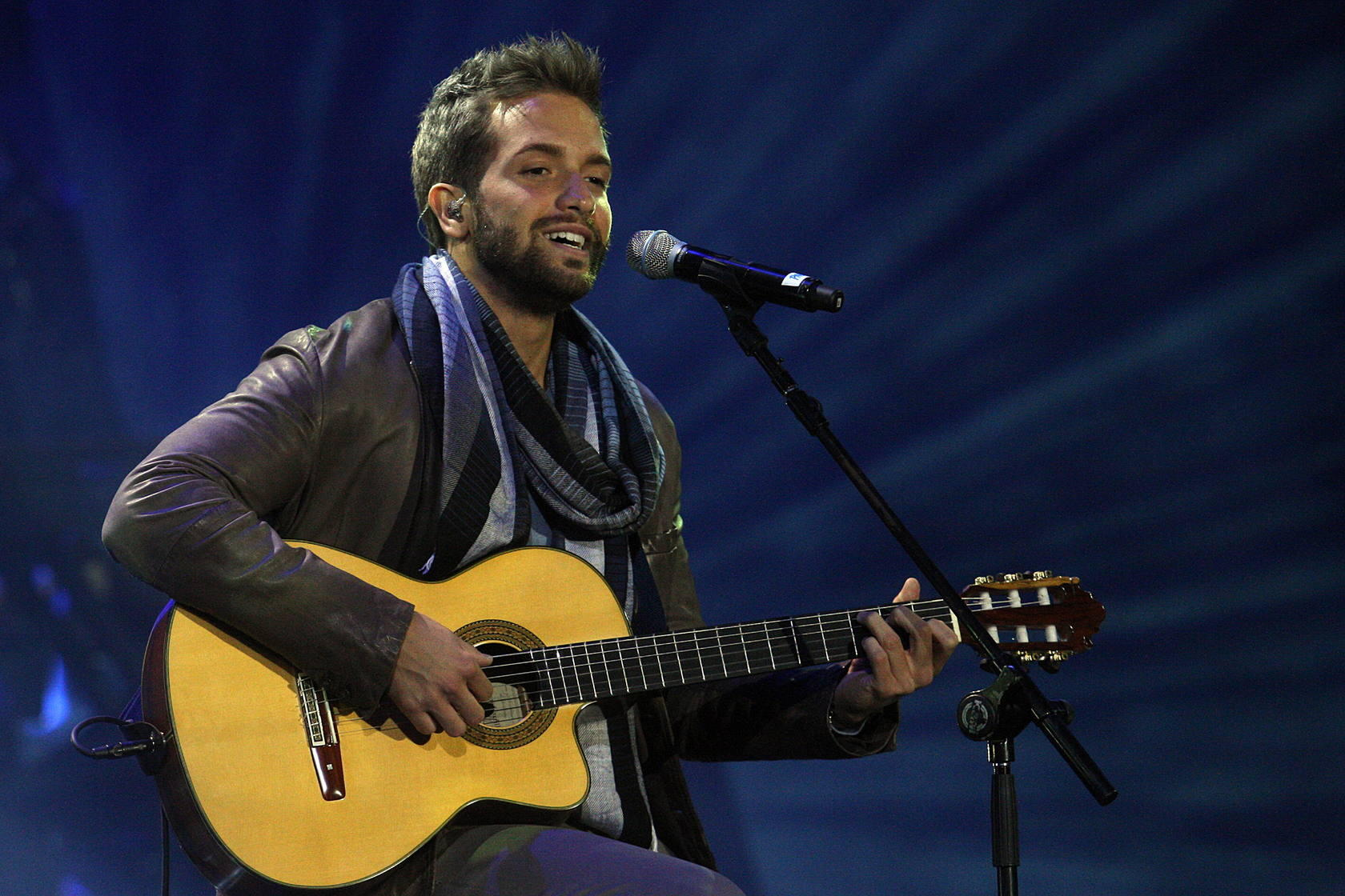 Pablo Albor&aacute;n triunfa en la clausura del Festival de Vi&ntilde;a del Mar