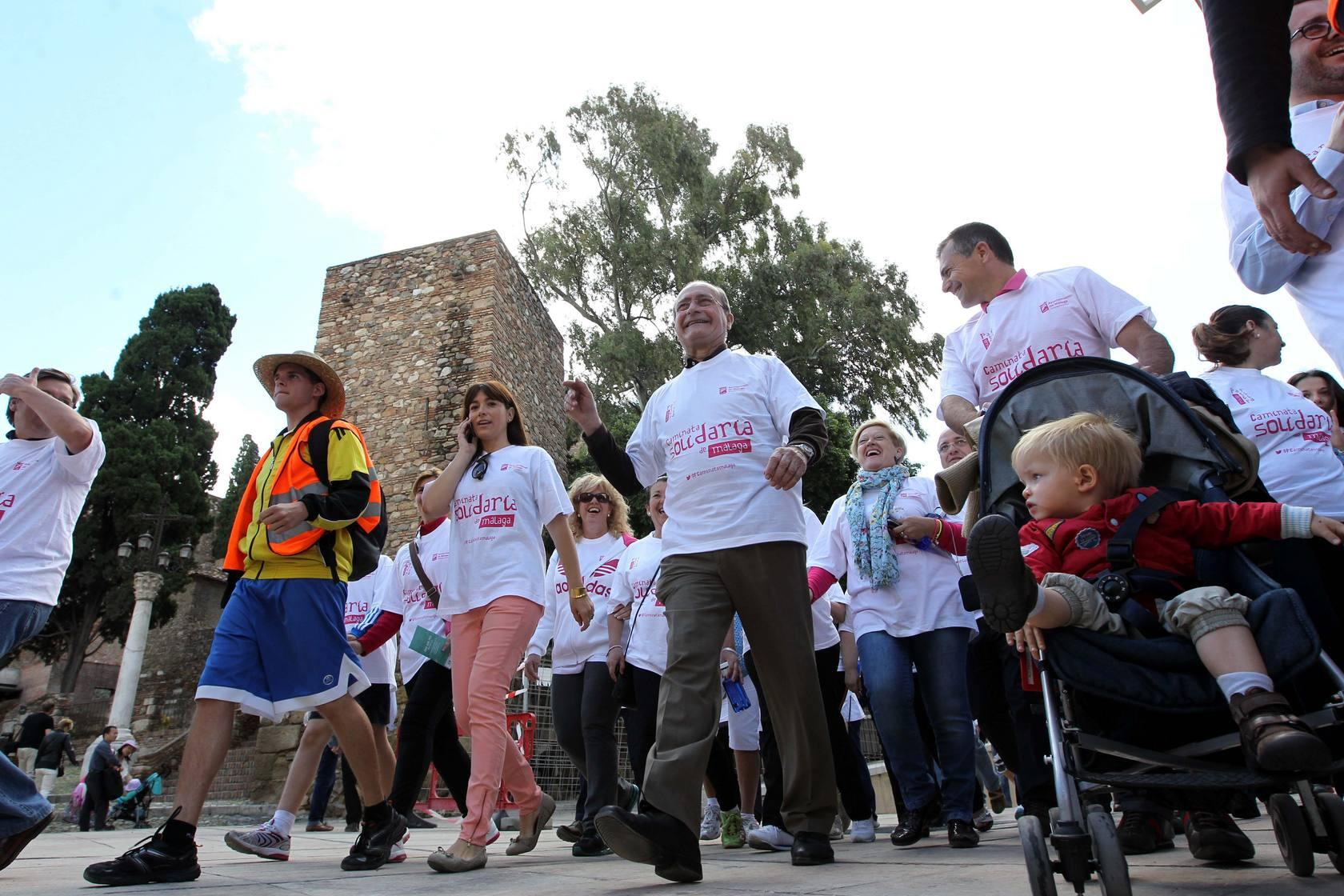 Fotos de la VII Caminata Solidaria, a beneficio de AVOI y FMAEC