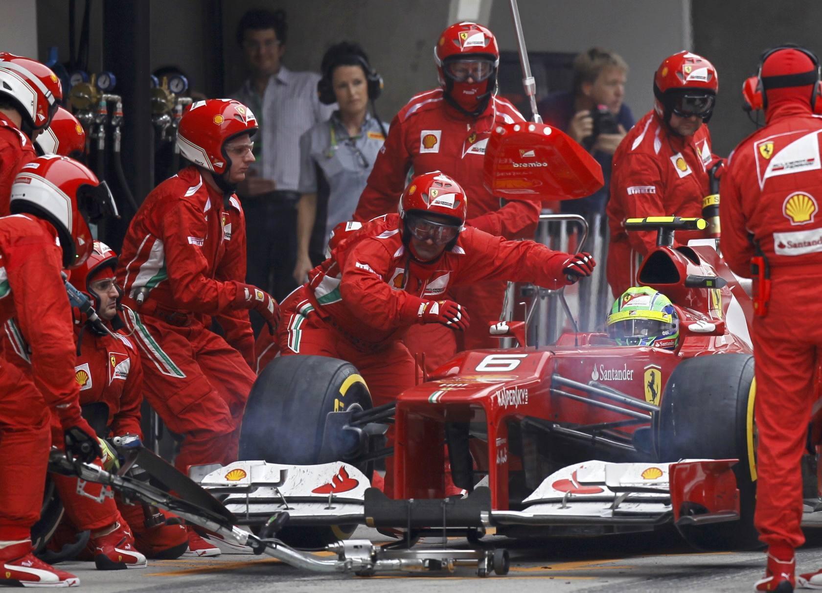Rosberg gana en China y Hamilton es el nuevo líder