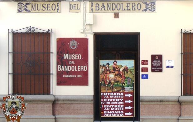 Menú para 2 y entradas para el Museo del Bandolero de Ronda
