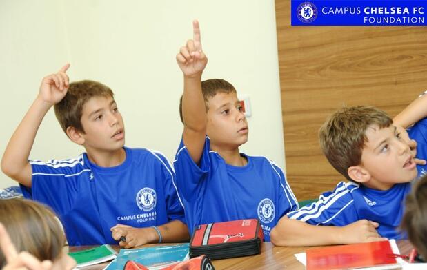 Inglés y fútbol en Campus Chelsea
