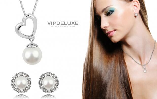 Colgante y pendientes Venecia with Swarovski Elements  por 29 euros