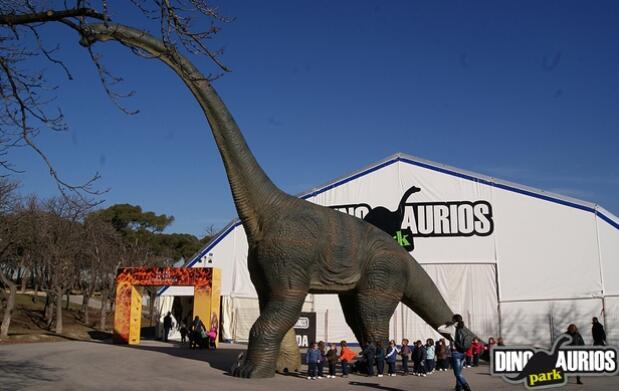 Disfruta este verano en Dinosaurios Park