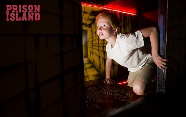 Entrada para el juego Prison Island