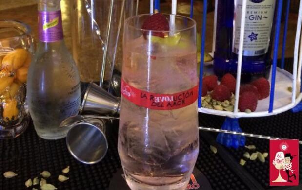 Ruta Gin Tonic Larios 12 en El Pimpi: 2 Gin Tonics por 6 €