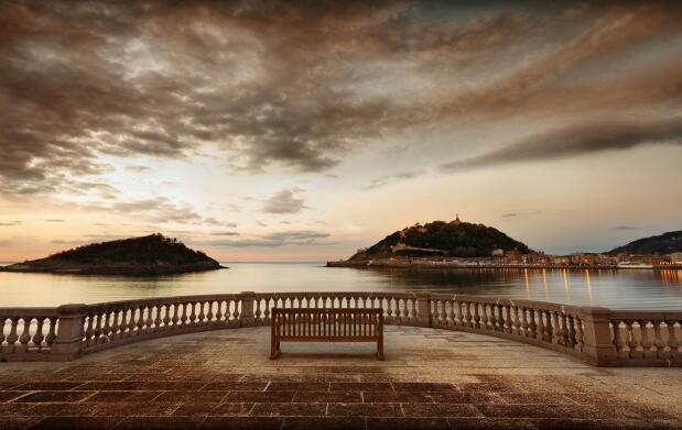 Disfruta de Donostia ¡Escapada Romántica!