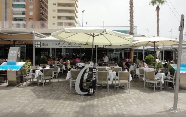 4 tapas 'Blini Burguer' en Lounge Bar