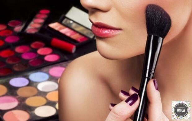 Maquillaje para eventos y peinado liso u ondas