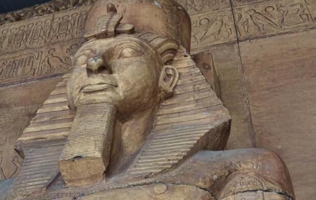 Visita el Templo de Ramses II