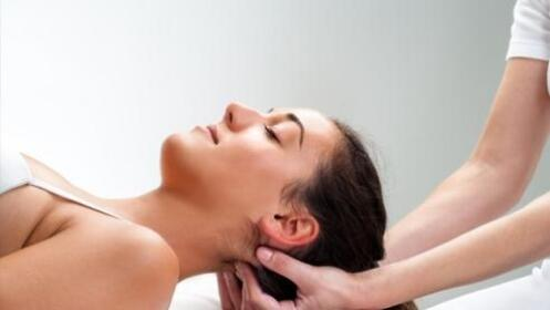 1 o 3  sesiones de osteopatía con masaje deportivo o relajante