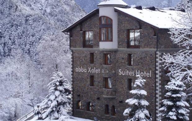 2 Noches en Hotel 4* AD+Entrada a Caldea