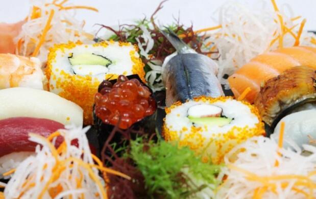Picoteo japonés en Rocío Tapas & Sushi