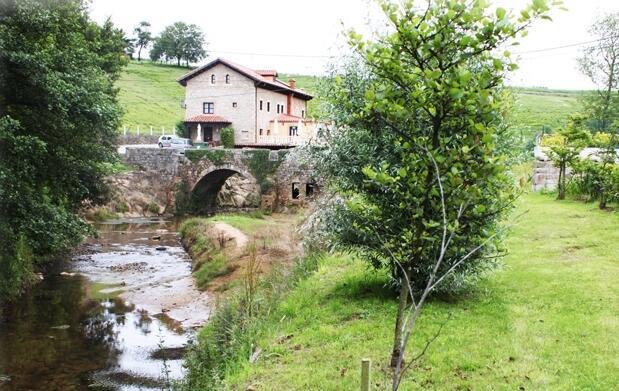 Escapada a Cantabria para 2 personas en AD