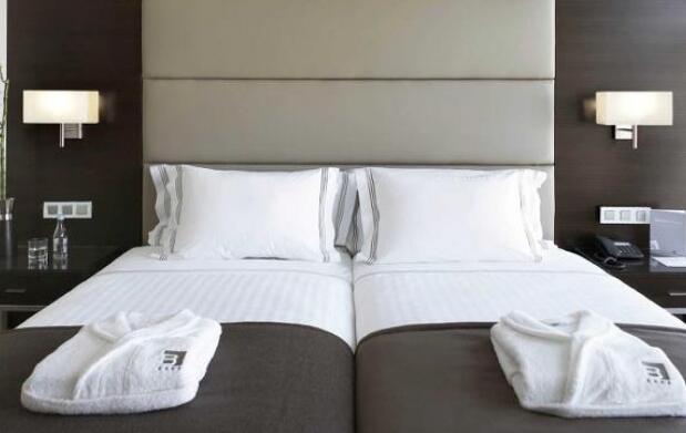 Oporto: 2 ó 3 Noches en Hotel 4* + AD