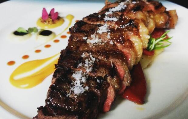 Escapada romántica y cena Deluxe para 2 en Ribadesella
