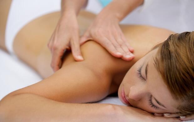 Un masaje relajante de 45 minutos