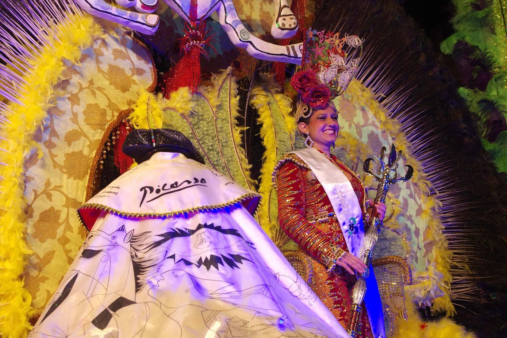 El carnaval se echa a la calle con el pregón de Pepe León y Manu Robles