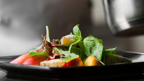 Experiencia gastronómica con maridaje en La Deriva