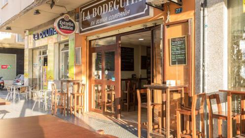 Delicioso menú para 2 o 4 personas desde 24,99€ en la Bodeguita Málaga
