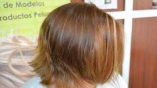 Corte + mechas + peinado en Grupo Almagro