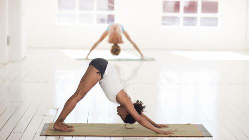 Un mes de clases ilimitadas de yoga en grupos reducidos por 29€ en lugar de 49€
