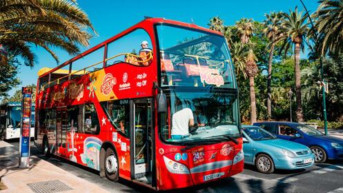Menú especial mediterráneo en Plaza Take Away + invitación Bus turístico Málaga Capital